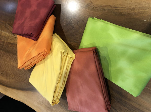 """<font color=""""red""""> MADE IN CANADA (North Vancouver)  </font> Fitted Sheets and Sheet Sets 300 TC <font color=""""red""""> ON SALE !! </font>"""